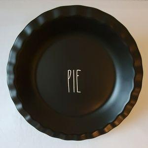 "RAE DUNN Black ""PIE"" Ceramic Pan"